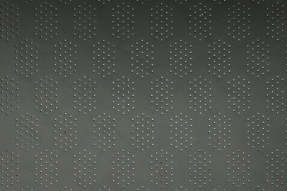 Autosattlerei Perforation (3)