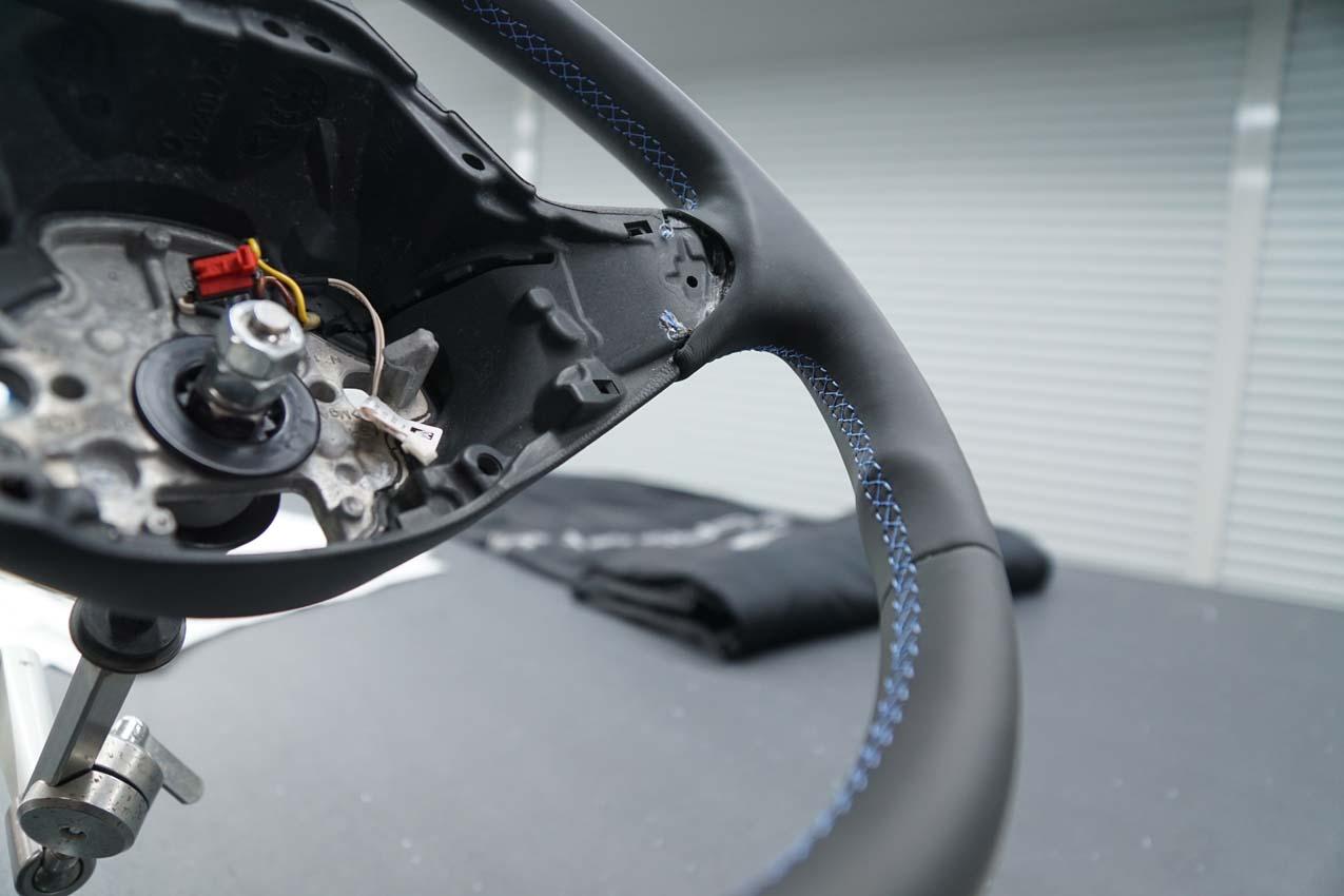 Autosattlerei Lenkrad beledern (4)